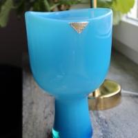 Percys himmelsblå blomglas
