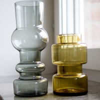 Vaser med vackra former